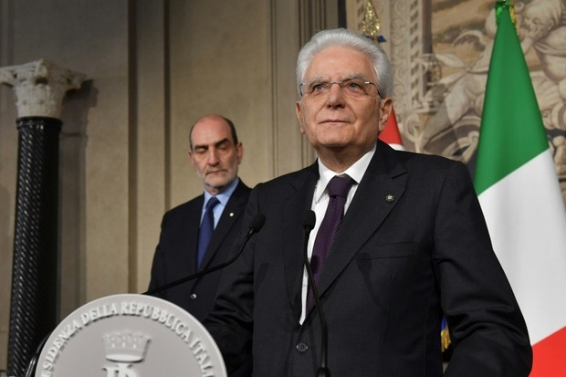 Italy's top two parties demand re-vote rather than neutral government