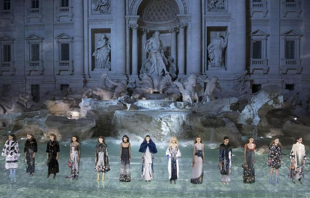 78ba9d0b0bcd Forty top models including Kendall Jenner and Bella Hadid presented the  Maison s new autumn winter collection inspired by Nordic fairy tales to a  select ...
