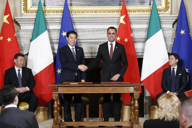 Italy, China sign new 'Silk Road' protocol