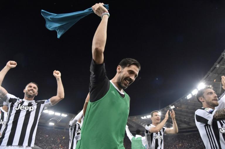 Juventus goalkeeper Gianluigi Buffon celebrates